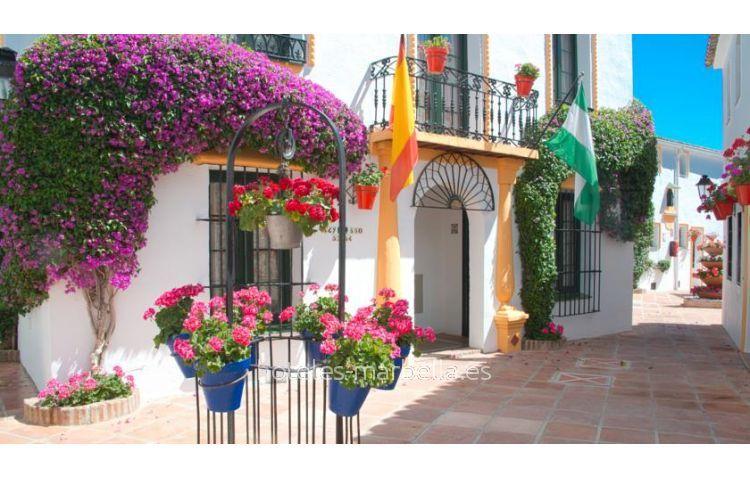 Globales Pueblo Andaluz 20