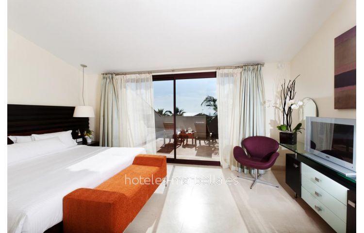 Deluxe s Don Carlos Resort 4