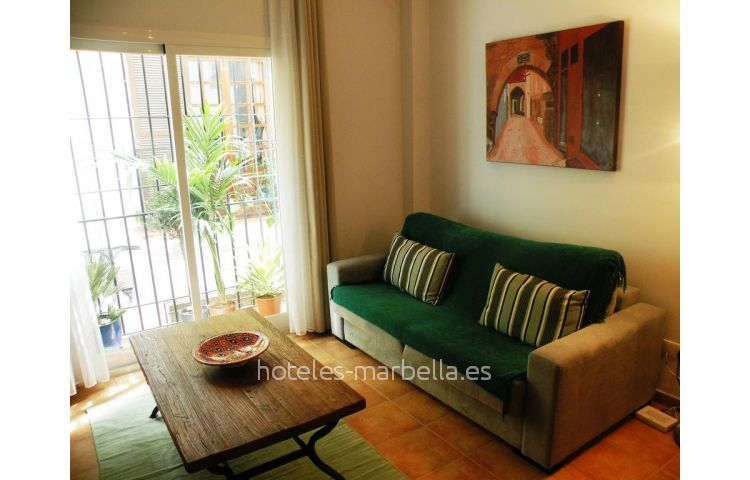 Old Town Apartment 8