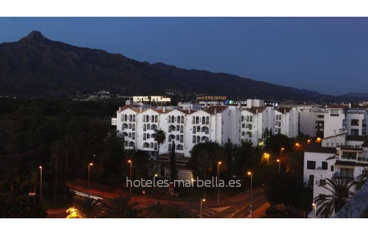 Pyr Marbella 21