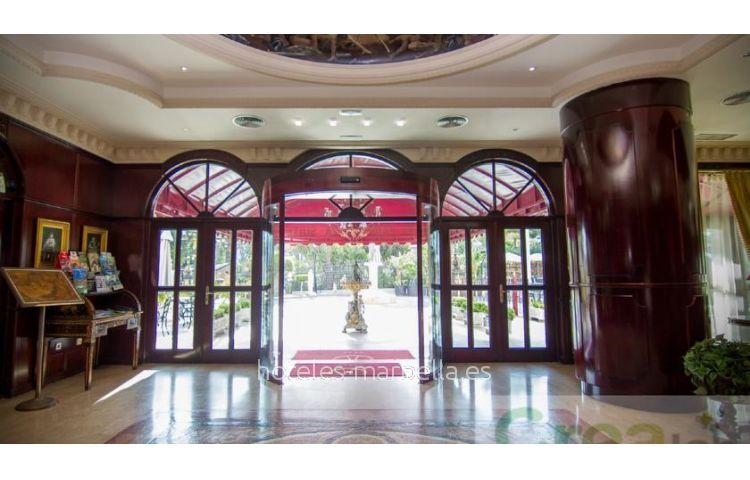 Park Plaza Suites  17