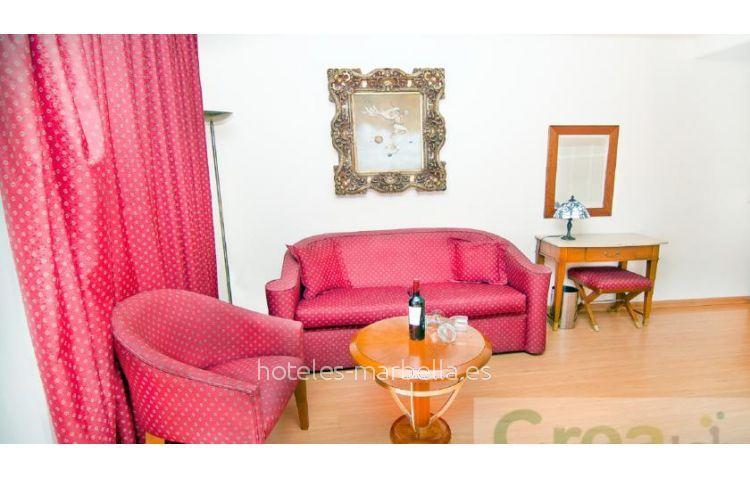 Park Plaza Suites  21